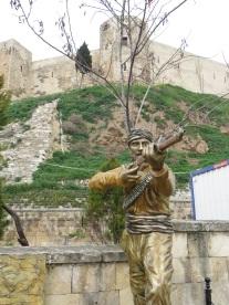 Gaziantep memorial statue