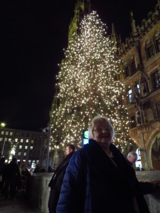 The Christmas tree at Munich's town hall